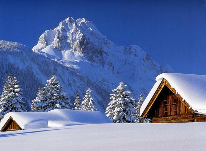 بالصور صور بنات تحت المطر صور بنات تحت الشتاء صور خلفيات بنات تحت الثلج , جمال الشتاء 3901 3