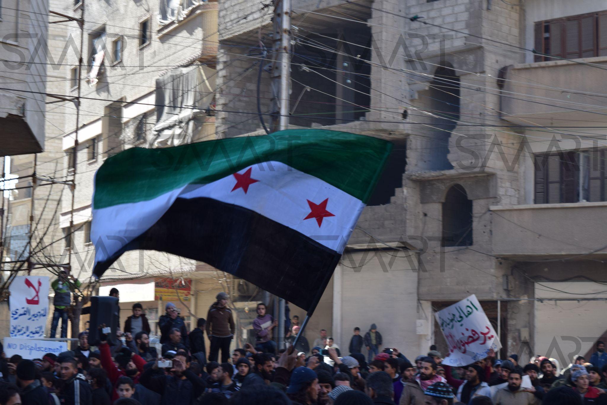 بالصور صور علم الثورة السورية , بوستات لرمز الانتفاضة 4077 7