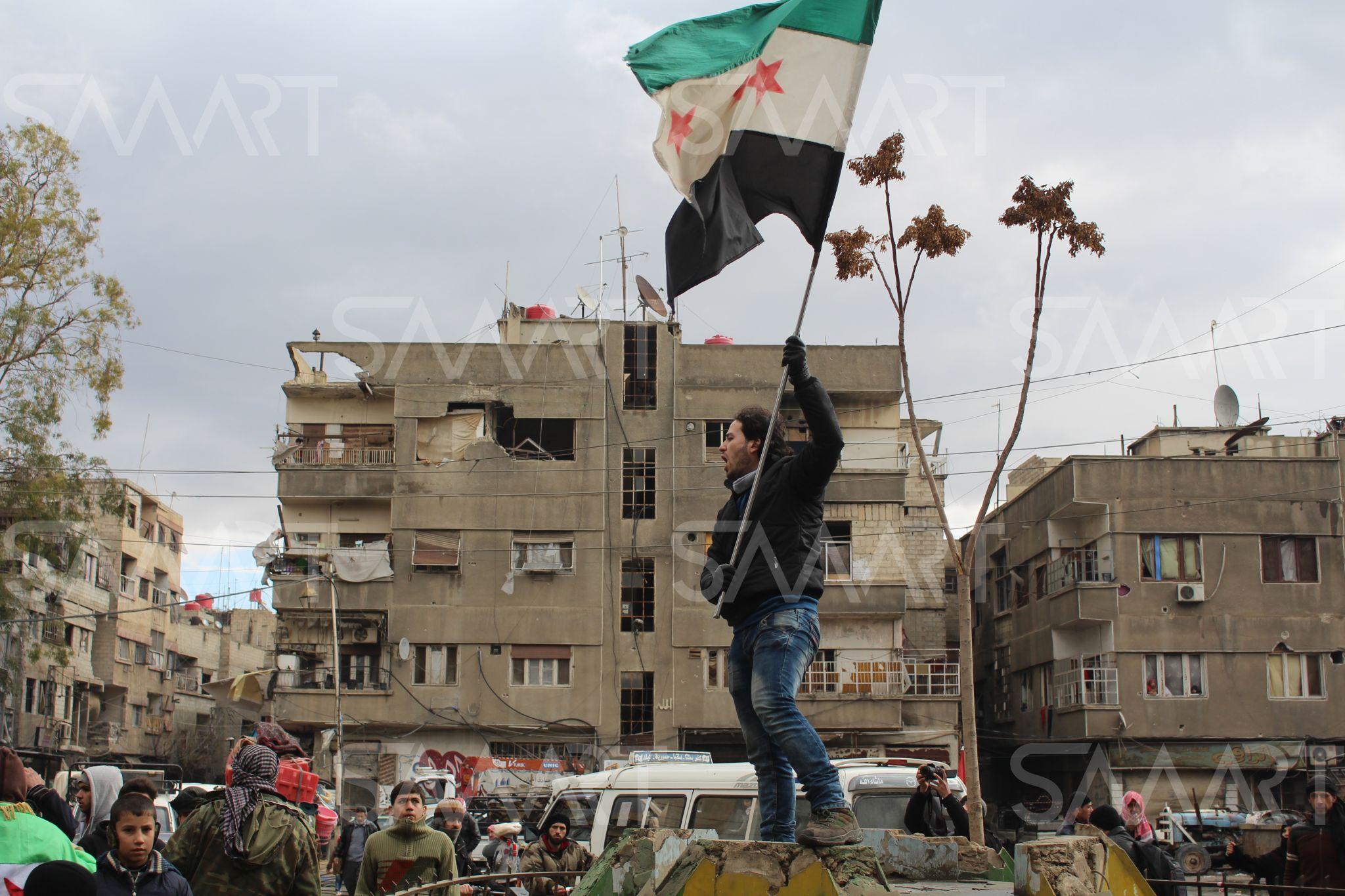 بالصور صور علم الثورة السورية , بوستات لرمز الانتفاضة 4077 8