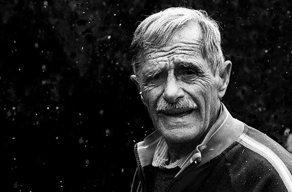 بالصور صورة شايب ابيض واسود , خلفيات لرجل عجوز روعه 4371 4