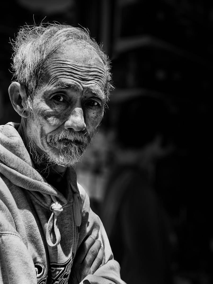 بالصور صورة شايب ابيض واسود , خلفيات لرجل عجوز روعه 4371 5