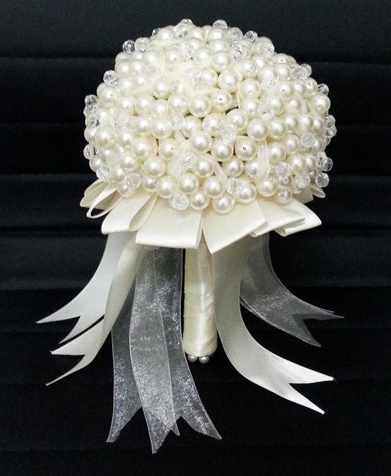 بالصور صور اجمل باقات الورد الابيض باقات ورد جوري ابيض , ورود لاصحاب القلب الابيض 4481 6