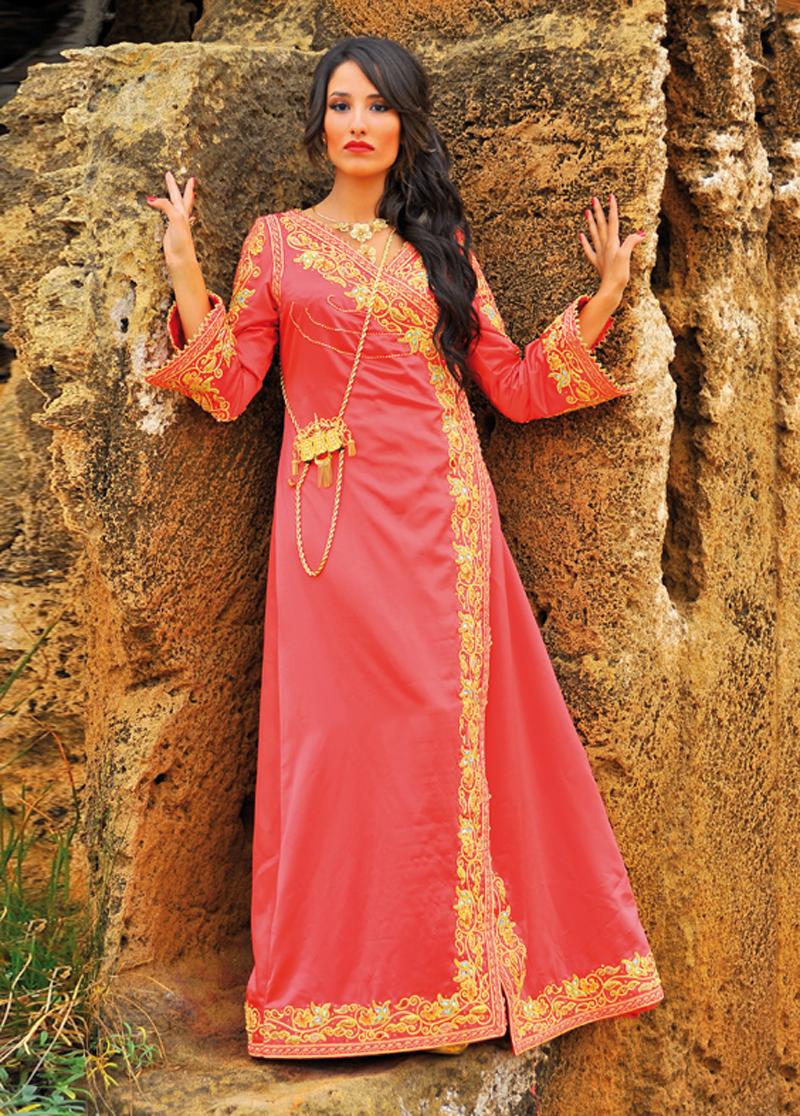 بالصور ملابس جزائرية عصرية , جلباب وفطان وفستان من الجزائر 890 5