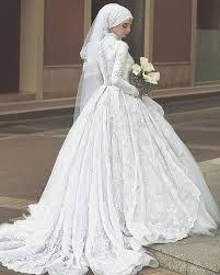 صورة احدث فساتين الزفاف للمحجبات , فساتين مناسبات للمحجبات 914 1
