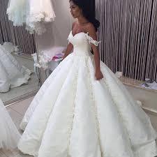 بالصور احدث فساتين الزفاف للمحجبات , فساتين مناسبات للمحجبات 914 4