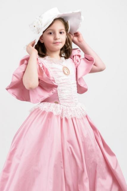 صورة فساتين بنات صغار ناعمه , اجمل الفساتين للاطفال