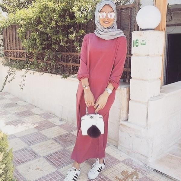 بالصور فساتين طويلة للمحجبات , فستان طويل لكل بنت محجبة 966 12