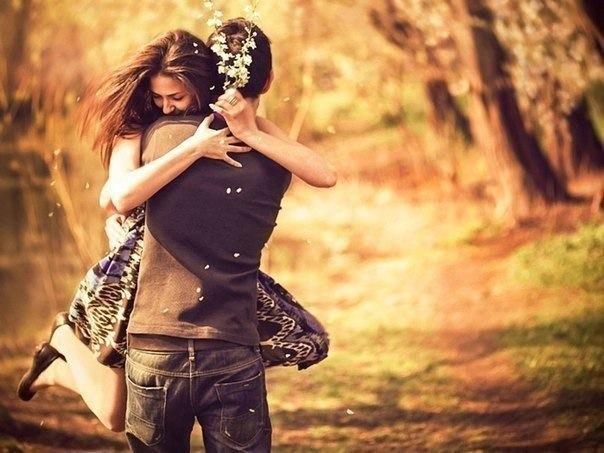 بالصور صور عناق رومانسية صور احضان رومانسية خلفيات احضان جديدة , خلفيات حب وغرام 3918 2
