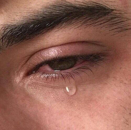 بالصور صور عيون حزينه صور بكاء العيون صور بكاء خلفيات عيون حزينة , خلفيات للدموع 3933 3