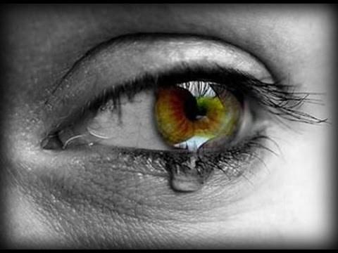 بالصور صور عيون حزينه صور بكاء العيون صور بكاء خلفيات عيون حزينة , خلفيات للدموع 3933 8