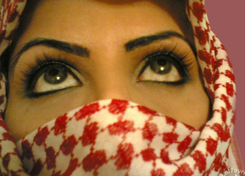 بالصور صور بنات بدوية صور بنات خليجية منتقبات صور بنات , خلفيات فتيات العرب 4459 1
