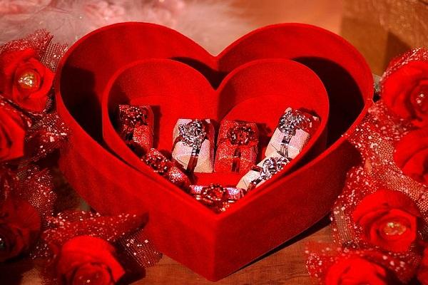 بالصور صور قلوب عيد الحب صور قلوب جميلة لعيد الحب مجموعة قلوب جميلة لعيد الحب , خلفيات روعه للعشاق 3921 5