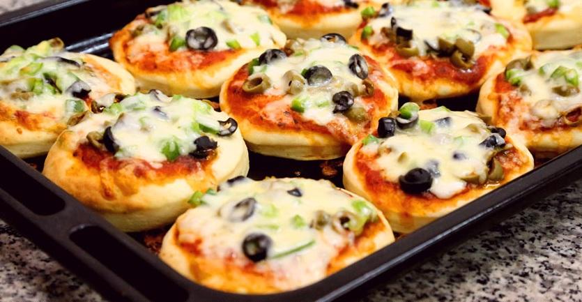 صورة طريقة عجينة البيتزا , طريقه بيتزا المطاعم