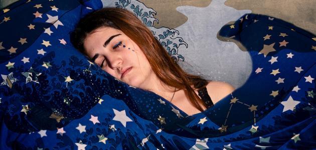 صورة ما تفسير البكاء الشديد في الحلم , تفسيرات للنابلسي وابن سيرين